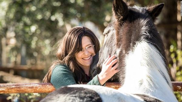 La equinoterapia: cómo los caballos ayudan a vencer enfermedades mentales